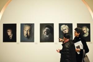 Sala de exposiciones de una muestra en Italia