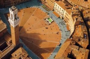 Piazza del Campo desde el cielo de Siena