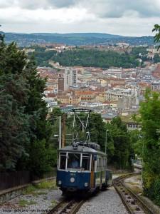 Tranvía de Opicina con Trieste al fondo