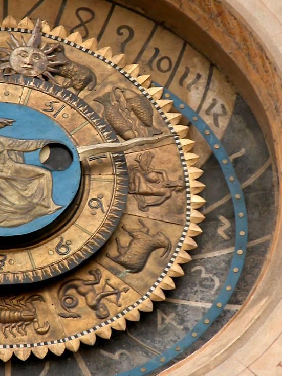 Reloj astronómico en Piazza Erbe