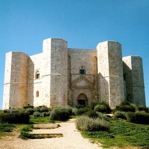 Castel del Monte, situado en Apulia (Foto Flickr de Umberto Altini)