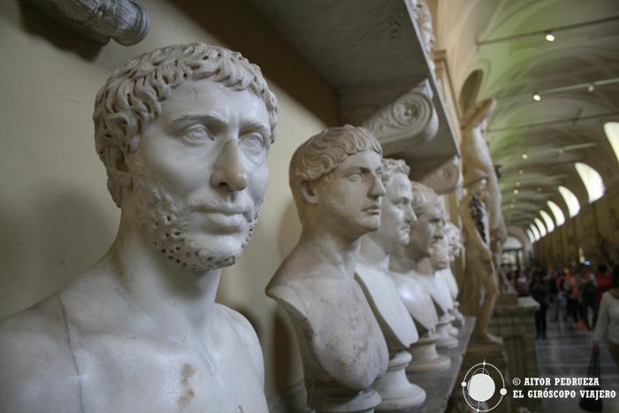 Esculturas de la galería del Museo Chiaramonti