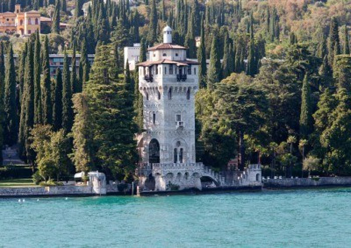 Torre en Gardone