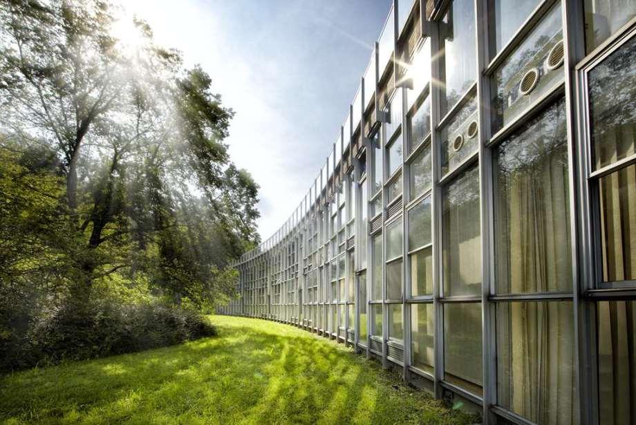 Edificio del complejo de Olivetti en Ivrea